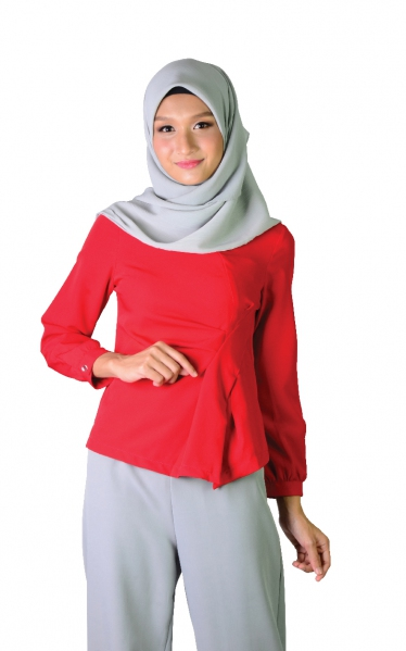 KIRANA DECORATIVE PLEAT BLOUSE - RED